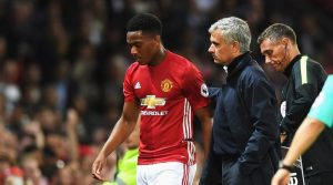 Man Utd : Mourinho ingin benahi tim