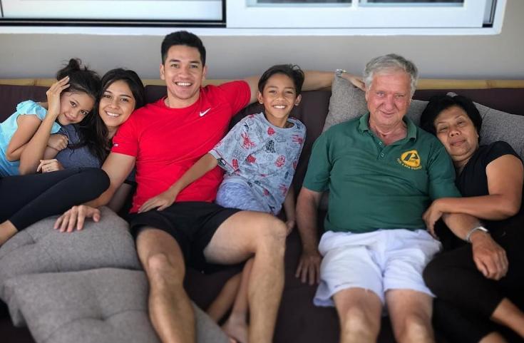 Tips Jitu Meluangkan 'Family Time' Buat Kamu yang Sibuk Kerja