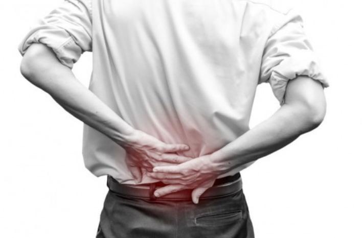 Kurangilah 3 Kebiasaan Sehari-hari yang Bisa Merusak Tulang Belakangmu