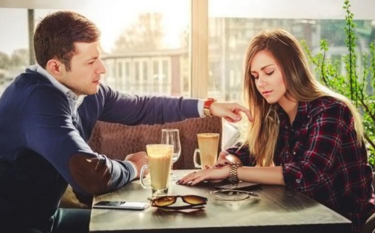 Gak Selalu Bikin Bete, Ini 3 Dampak Positif Dicemburuin Pasangan