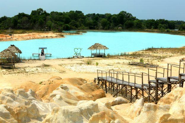 Gurun Pasir Telaga Biru, Destinasi Ala Timur Tengah Di Pulau Bintan