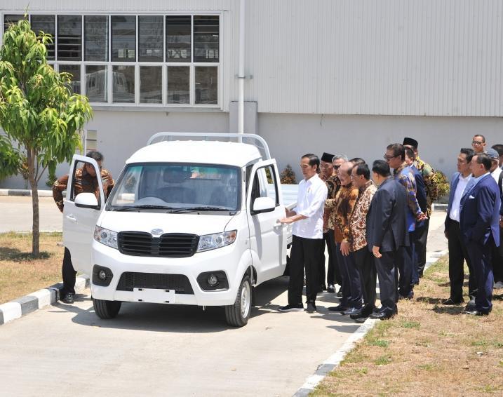 Esemka Resmi Diluncurkan Dan Bukan Mobil Nasional